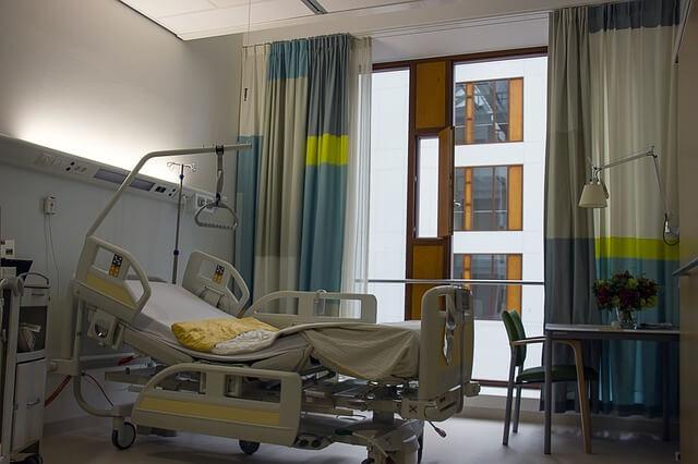 アルコール依存症の治療に入院が必要な3つの症状とその理由
